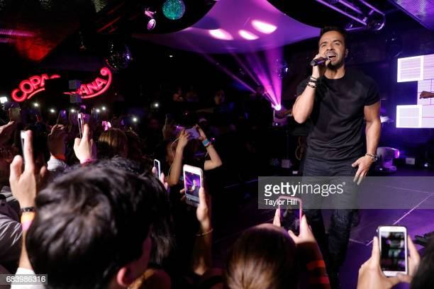 Luis Fonsi performs during the 2017 Spanish Broadcasting System Upfront at Copacabana Club Times Square on May 16 2017 in New York City