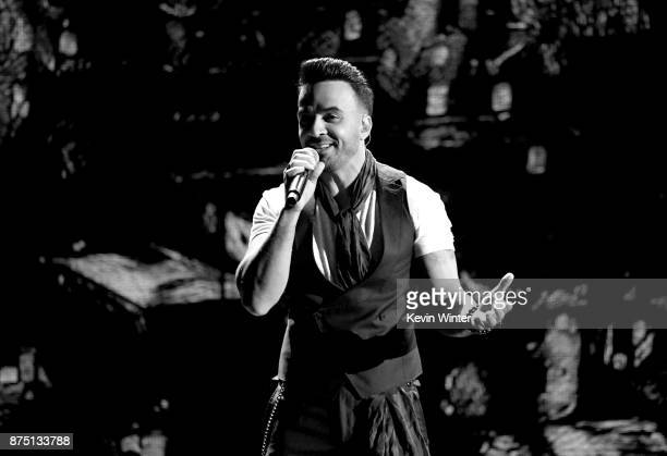 Luis Fonsi performs onstage at the 18th Annual Latin Grammy Awards at MGM Grand Garden Arena on November 16 2017 in Las Vegas Nevada