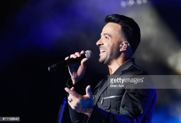 Luis Fonsi performs onstage during Sir Lucian Grainge's 2018 Artist Showcase presented by Citi with support from Remy Martin on January 27 2018 in...