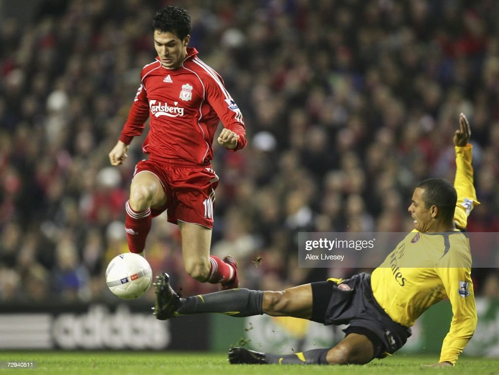 FA Cup 3rd Round: Liverpool v Arsenal : News Photo