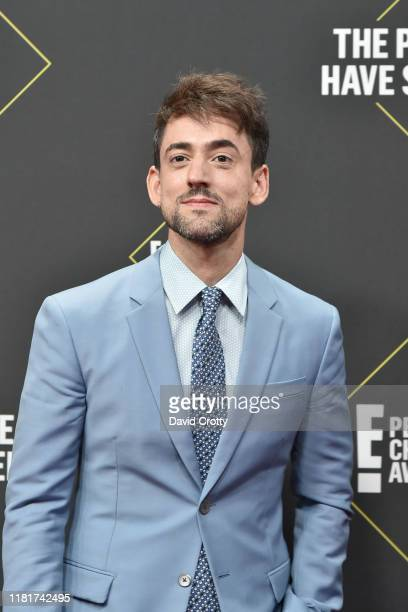 Luis Gerardo Mendez attends 2019 E People's Choice Awards Arrivals at The Barker Hanger on November 10 2019 in Santa Monica California