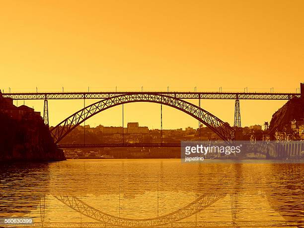 luis i bridge in oporto - gustave eiffel stock pictures, royalty-free photos & images