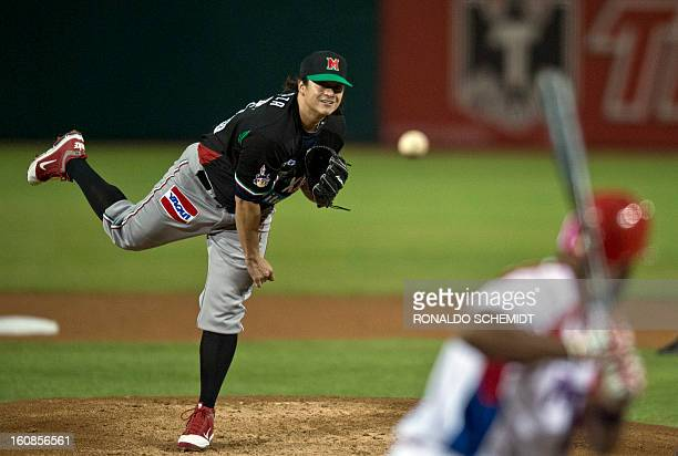 Luis Mendoza of Yaquis de Obregon of Mexico pitches against Criollos de Caguas of Puerto Rico during the 2013 Caribbean baseball series on February 6...