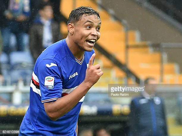 Luis Muriel celebrates after goal 32 during the Serie A match between UC Sampdoria and US Sassuolo at Stadio Luigi Ferraris on November 20 2016 in...