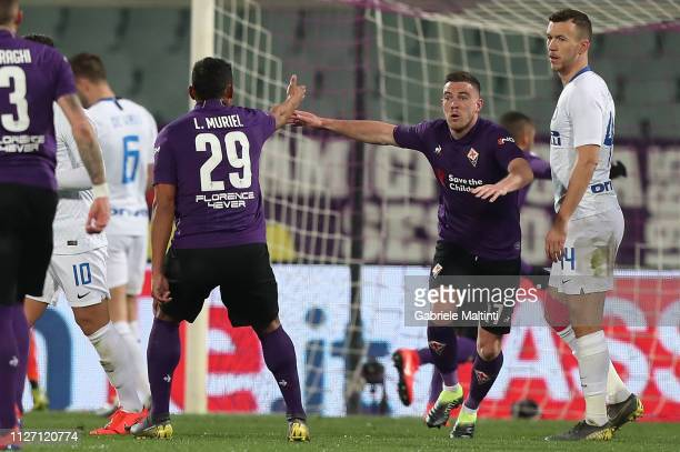 Luis Muriel of ACF Fiorentina celebrates after scoring a goal during the Serie A match between ACF Fiorentina and FC Internazionale at Stadio Artemio...