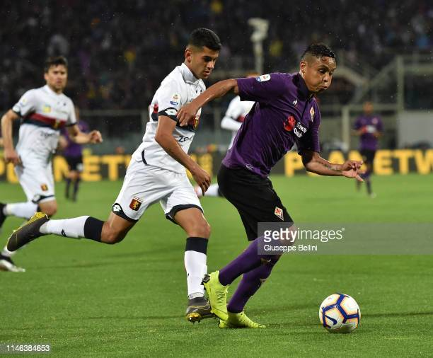 Luis Muriel of ACF Fiorentina in action during the Serie A match between ACF Fiorentina and Genoa CFC at Stadio Artemio Franchi on May 26 2019 in...