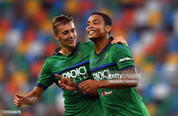 Luis Muriel of Atalanta BC celebrates after scoring his team second goal during the Serie A match between Udinese Calcio and Atalanta BC at Stadio...