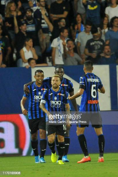 Luis Muriel of Atalanta BC celebrates after scoring his team's third and his personal second goal during the Serie A match between SPAL and Atalanta...