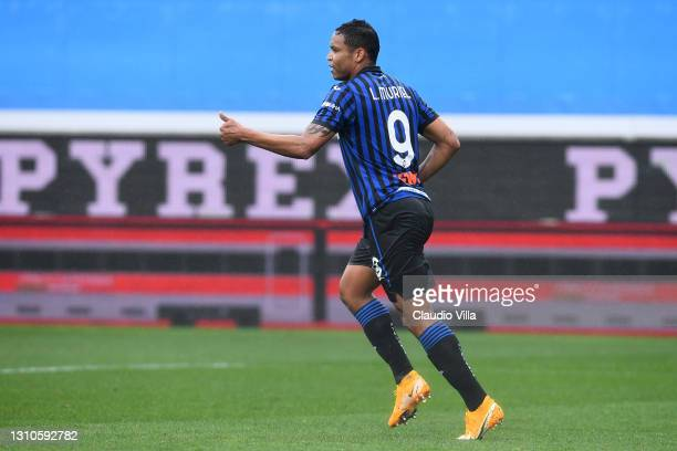 Luis Muriel of Atalanta B.C. Celebrates after scoring their side's first goal during the Serie A match between Atalanta BC and Udinese Calcio at...