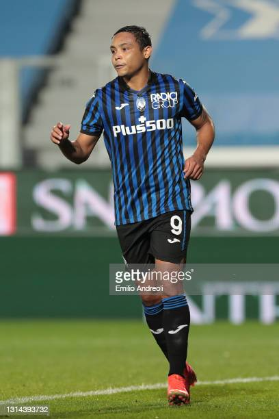 Luis Muriel of Atalanta BC celebrates after scoring their team's second goal during the Serie A match between Atalanta BC and Bologna FC at Gewiss...
