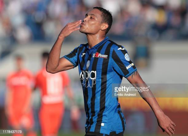 Luis Muriel of Atalanta BC celebrates his goal during the Serie A match between Atalanta BC and Udinese Calcio at Gewiss Stadium on October 27 2019...