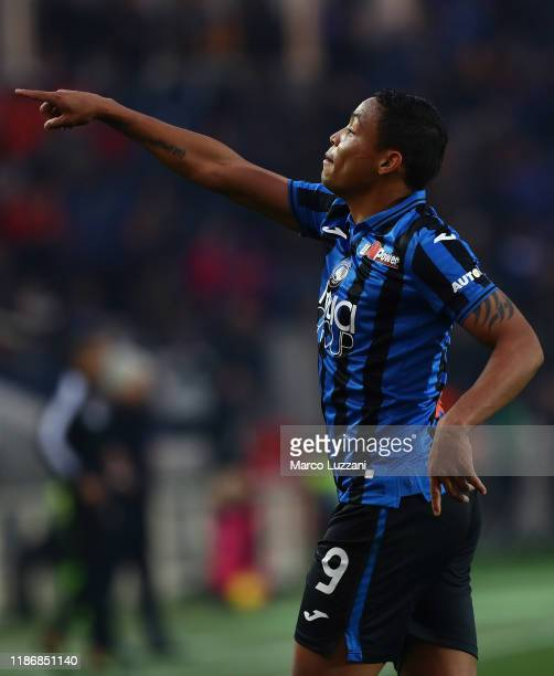 Luis Muriel of Atalanta BC celebrates his goal during the Serie A match between Atalanta BC and Hellas Verona at Gewiss Stadium on December 7 2019 in...