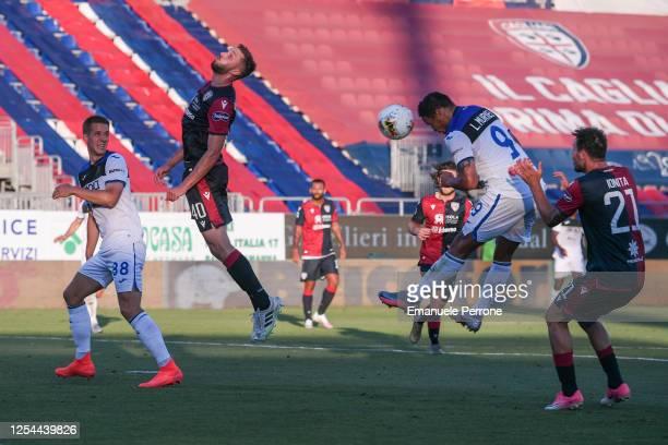 Luis Muriel of Atalanta BC heads the ball during the Serie A match between Cagliari Calcio and Atalanta BC at Sardegna Arena on July 05 2020 in...