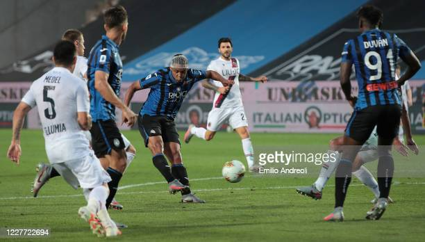 Luis Muriel of Atalanta BC scores the opening goal during the Serie A match between Atalanta BC and Bologna FC at Gewiss Stadium on July 21, 2020 in...