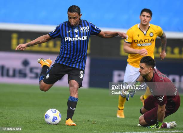 Luis Muriel of Atalanta B.C. Scores their side's second goal during the Serie A match between Atalanta BC and Udinese Calcio at Gewiss Stadium on...
