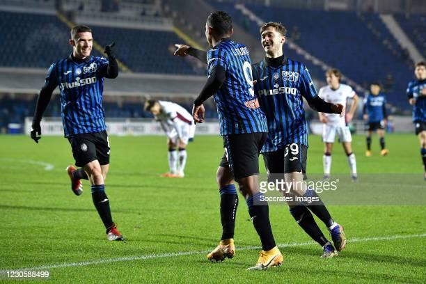 Luis Muriel of Atalanta Bergamo celebrates 2-1 with Robin Gosens of Atalanta Bergamo, Aleksei Miranchuk of Atalanta Bergamo during the Italian Coppa...