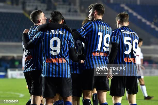 Luis Muriel of Atalanta Bergamo celebrates 2-1 with Robin Gosens of Atalanta Bergamo, Luis Muriel of Atalanta Bergamo, Berat Djimsiti of Atalanta...