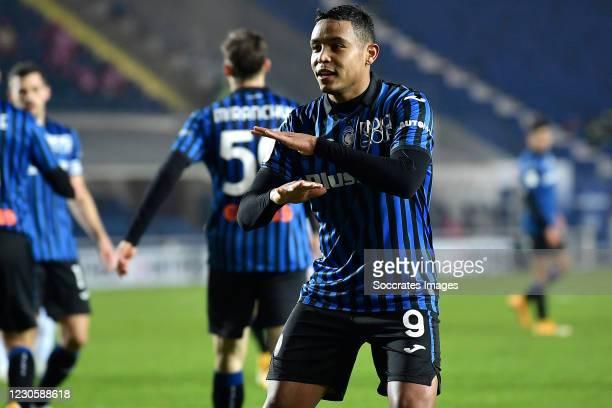 Luis Muriel of Atalanta Bergamo celebrates 3-1 during the Italian Coppa Italia match between Atalanta Bergamo v Cagliari Calcio at the Stadio Atleti...