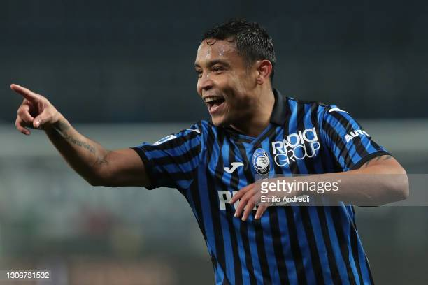 Luis Muriel of Atalanta celebrates scoring the 2nd goal during the Serie A match between Atalanta BC and Spezia Calcio at Gewiss Stadium on March 12,...