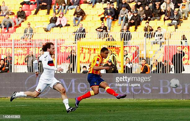 Luis Muriel of Lecce scores the equalising goal during the Serie A match between US Lecce and Genoa CFC at Stadio Via del Mare on March 4 2012 in...