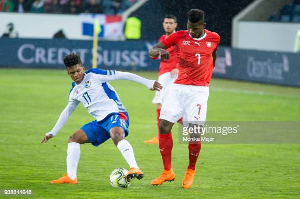 Luis Ovalle of Panama vies with Breel Embolo of Switzerland during the International Friendly between Switzerland and Panama at the Swissporarena on...