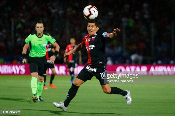 Luis Rodriguez of Colon controls the ball during the final of Copa CONMEBOL Sudamericana 2019 between Colon and Independiente del Valle at Estadio...
