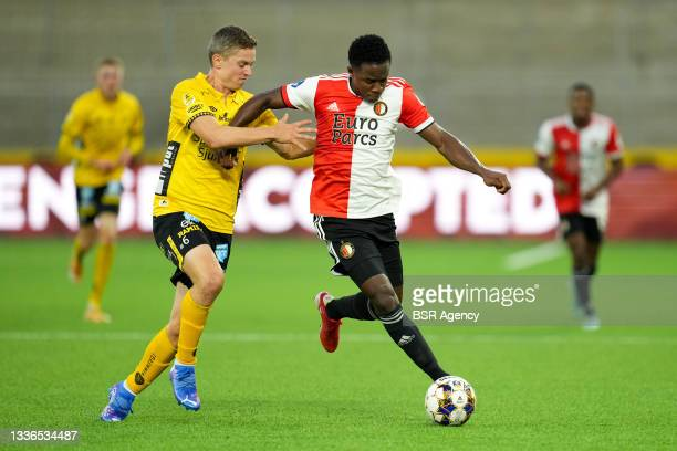 Luis Sinisterra of Feyenoord, Andre Romer of IF Elfsborg during the UEFA Conference League match between IF Elfsborg and Feyenoord at Boras Arena on...