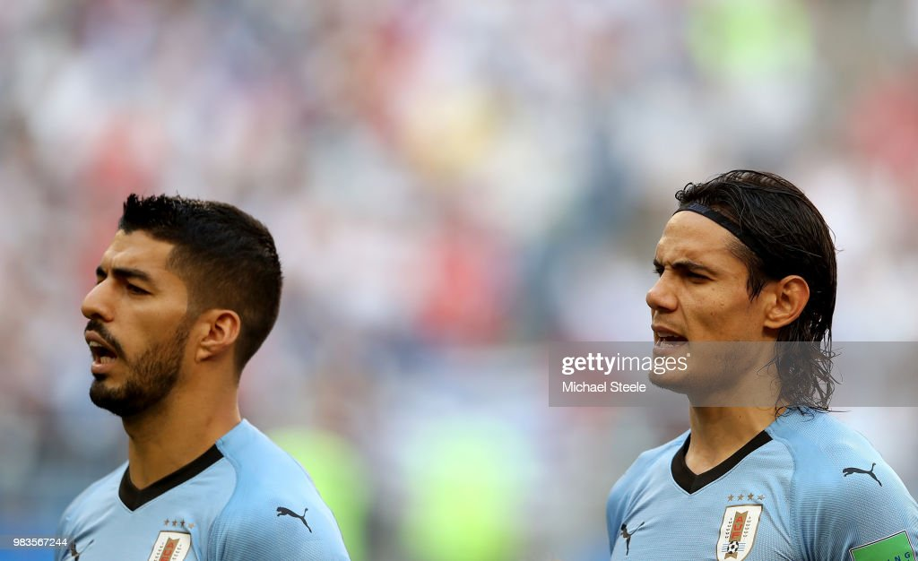 ¿Cuánto mide Edinson Cavani? - Altura - Real height Luis-suarez-and-edinson-cavani-sing-national-atnhem-prior-to-the-2018-picture-id983567244