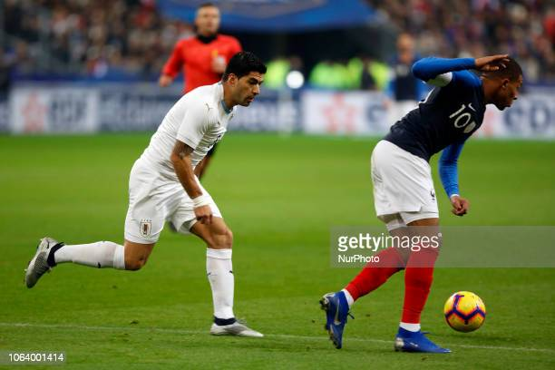 Luis Suarez and Kylian Mbappe during the friendly football match France vs Uruguay on November 20 2018 at the Stade de France in SaintDenis outside...