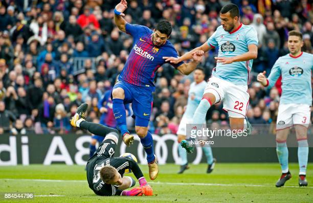 Luis Suarez Cabral and Ruben Blanco during the Copa del Rey match between FC Barcelona v Real Murcia CFi n Barcelona on November 29 2017 Photo Joan...