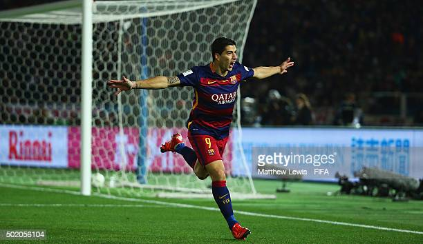 Luis Suarez of Barcelona celebrates his goal during the FIFA Club World Cup Final match between River Plate and FC Barcelona at International Stadium...