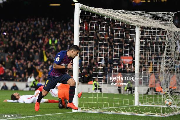 Luis Suarez of Barcelona celebrates scoring his sides fifth goal during the Copa del Rey Quarter Final second leg match between FC Barcelona and...