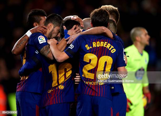 Luis Suarez of Barcelona celebrates scoring his team's first goal with his teammates during the La Liga match between Barcelona and Deportivo de La...
