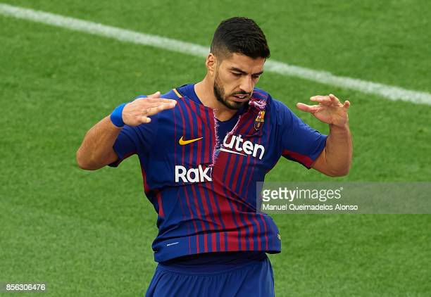 Luis Suarez of Barcelona reacts during the La Liga match between Barcelona and Las Palmas at Camp Nou on October 1 2017 in Barcelona Spain