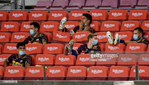 Luis Suarez of FC Barcelona and the other substitute players of Barcelona seen during the Liga match between FC Barcelona and CA Osasuna at Camp Nou...