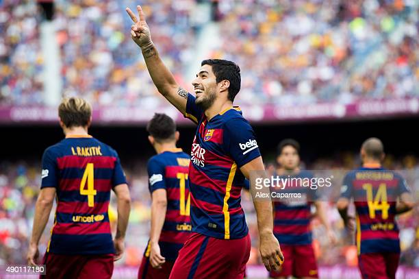 Luis Suarez of FC Barcelona celebrares after scoring the opening goal during the La Liga match between FC Barcelona and UD Las Palmas at Camp Nou on...