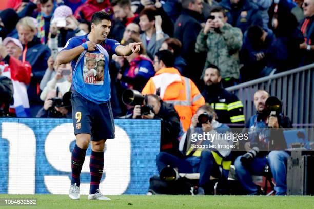 Luis Suarez of FC Barcelona celebrates 20 during the La Liga Santander match between FC Barcelona v Real Madrid at the Camp Nou on October 28 2018 in...