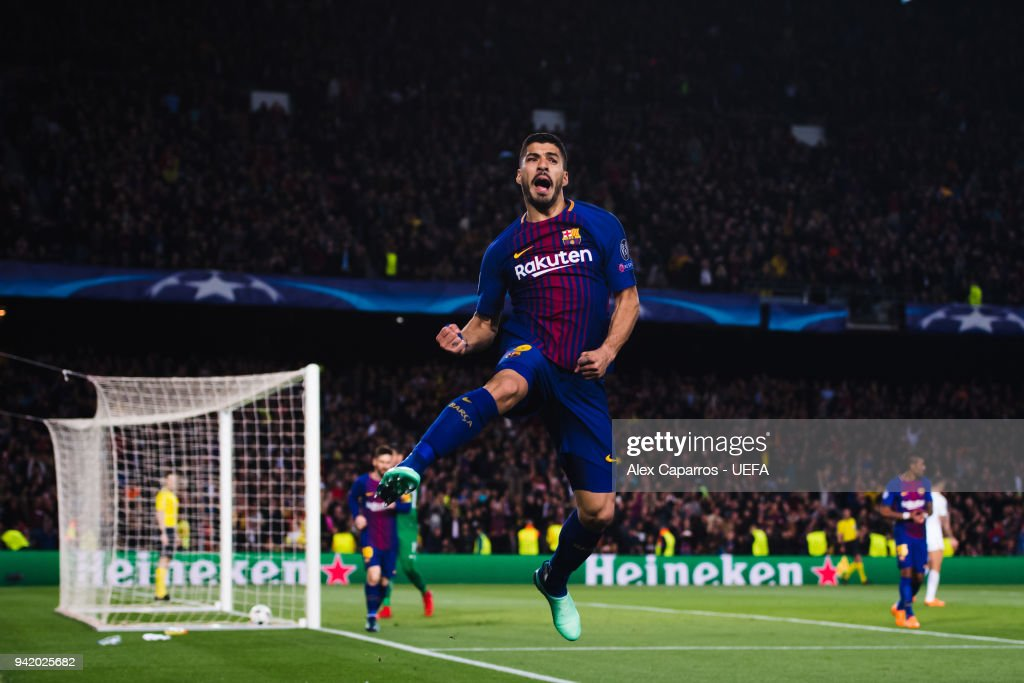 Luis Suarez of FC Barcelona celebrates after scoring his team's fourth goal during the UEFA Champions League Quarter Final Leg One match between FC Barcelona and AS Roma at Camp Nou on April 4, 2018 in Barcelona, Spain.