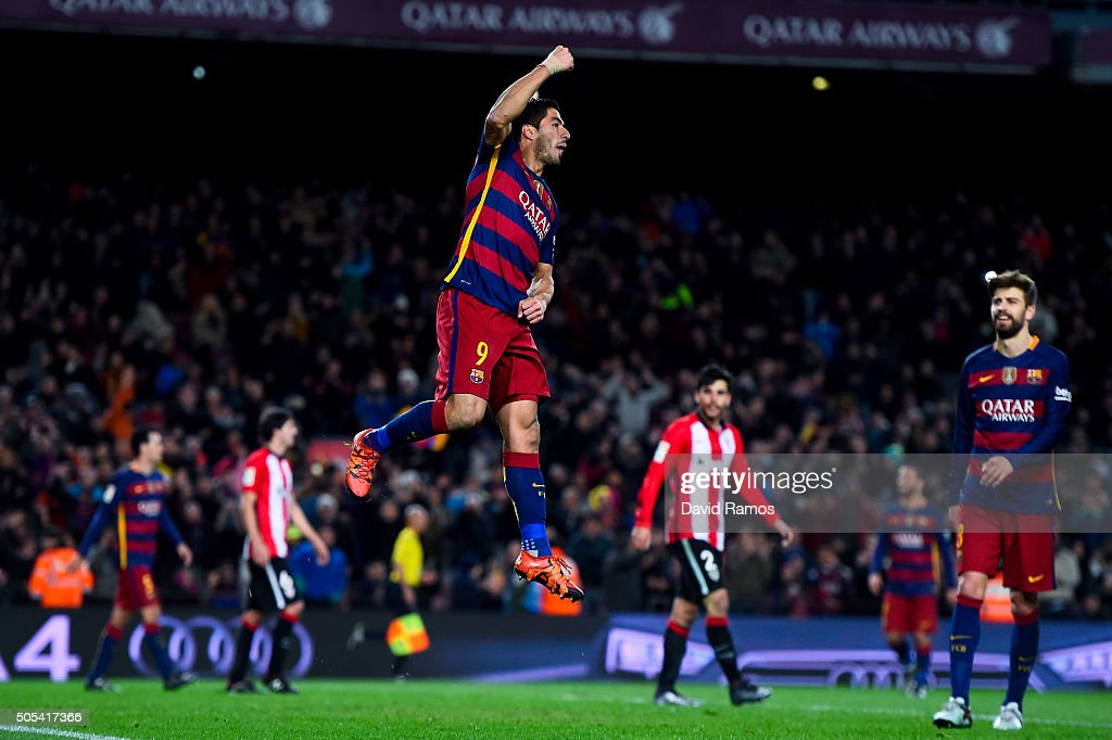 Luis Suarez of FC Barcelona celebrates after scoring his team's sixth goal during the La Liga match between FC Barcelona and Athletic Club de Bilbao at Camp Nou on January 17, 2016 in Barcelona, Spain.