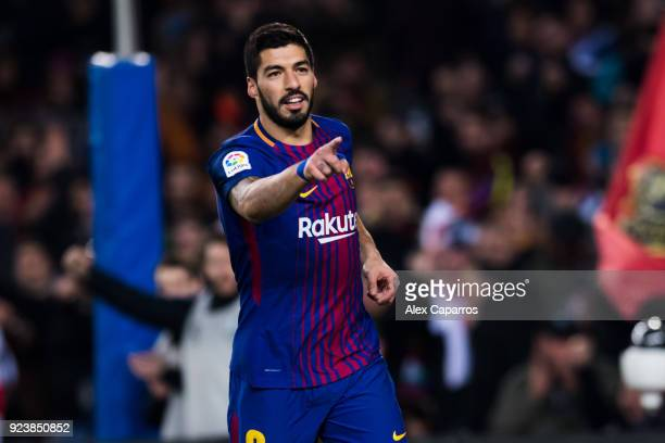 Luis Suarez of FC Barcelona celebrates after scoring his team's sixth goal during the La Liga match between Barcelona and Girona at Camp Nou on...