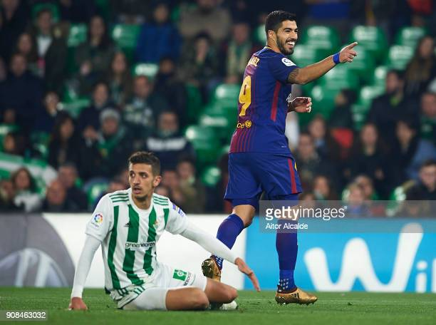 Luis Suarez of FC Barcelona celebrates after scoring the fifth goal for FC Barcelona during the La Liga match between Real Betis and Barcelona at...