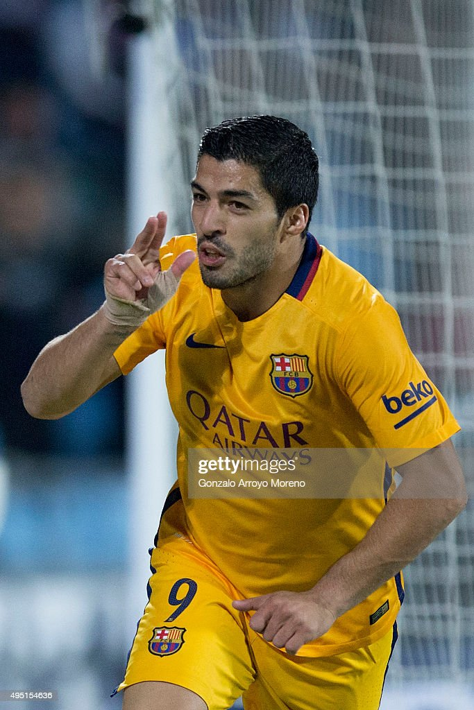Luis Suarez of FC Barcelona celebrates scoring their opening goal during the La Liga match between Getafe CF and FC Barcelona at Coliseum Alfonso Perez on October 31, 2015 in Getafe, Spain.