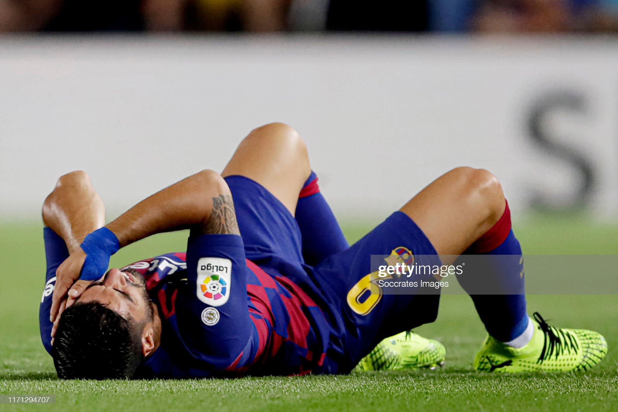 صور مباراة : برشلونة - فياريال 2-1 ( 24-09-2019 )  Luis-suarez-of-fc-barcelona-during-the-la-liga-santander-match-fc-v-picture-id1171294707?s=2048x2048