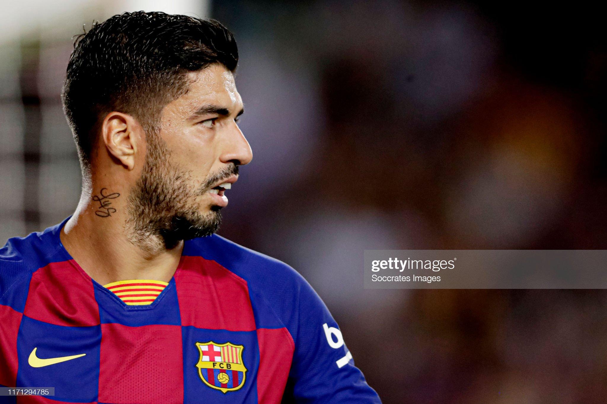 صور مباراة : برشلونة - فياريال 2-1 ( 24-09-2019 )  Luis-suarez-of-fc-barcelona-during-the-la-liga-santander-match-fc-v-picture-id1171294785?s=2048x2048