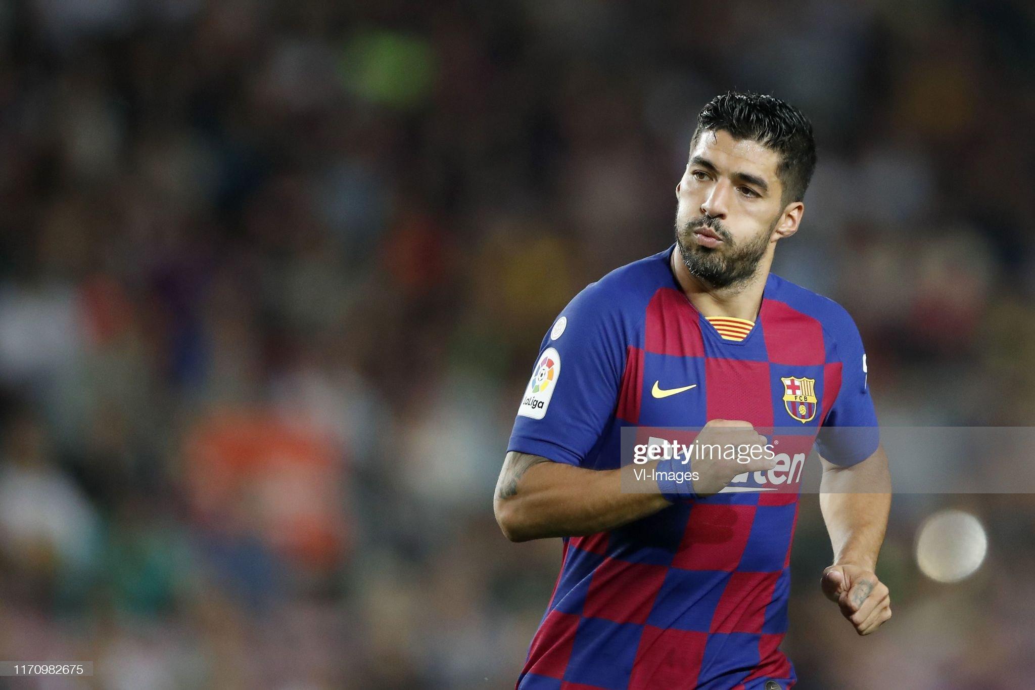 صور مباراة : برشلونة - فياريال 2-1 ( 24-09-2019 )  Luis-suarez-of-fc-barcelona-during-the-laliga-santander-match-between-picture-id1170982675?s=2048x2048