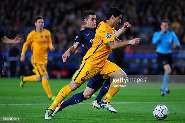 Luis Suarez of FC Barcelona figthing for the ball with Griezmann of Club Atltico de Madrid during the FC Barcelona vs Atletico de Madrid quarters of...