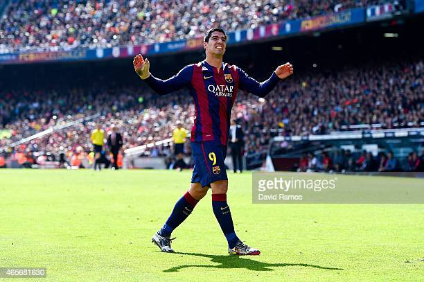 Luis Suarez of FC Barcelona reacts during the La Liga match between FC Barcelona and Rayo Vallecano de Madrid at Camp Nou on March 8 2015 in...