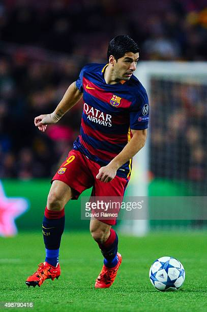 Luis Suarez of FC Barcelona runs with the ball during the UEFA Champions League Group E match between FC Barcelona and AS Roma at Camp Nou stadium on...