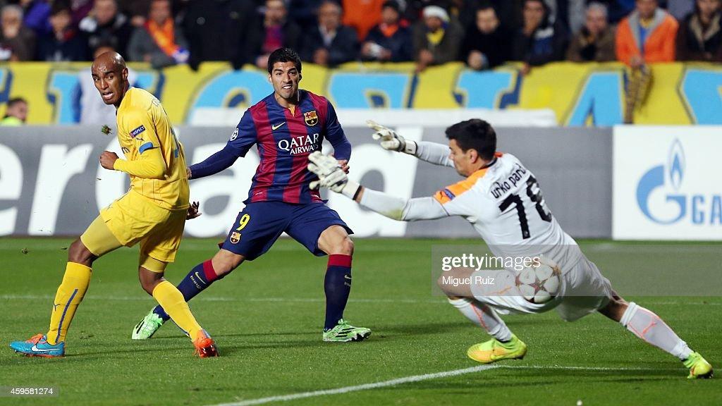 APOEL FC v FC Barcelona - UEFA Champions League