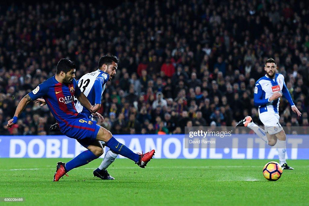 FC Barcelona v RCD Espanyol - La Liga : Fotografía de noticias